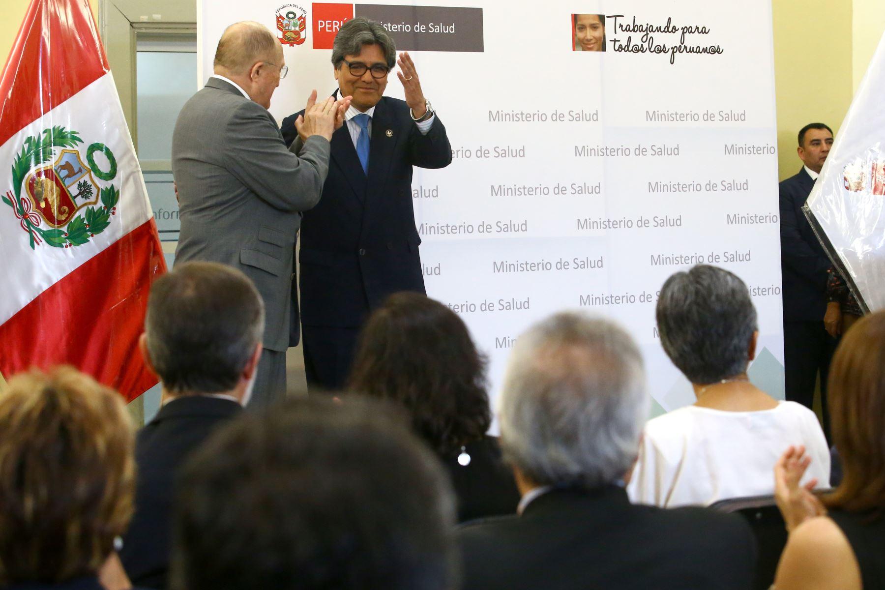 LIMA PERÚ - ENERO 11. Ceremonia de presentación oficial del ministro de Salud, Abel Hernán Jorge Salinas Rivas. Foto: ANDINA/Melina Mejía