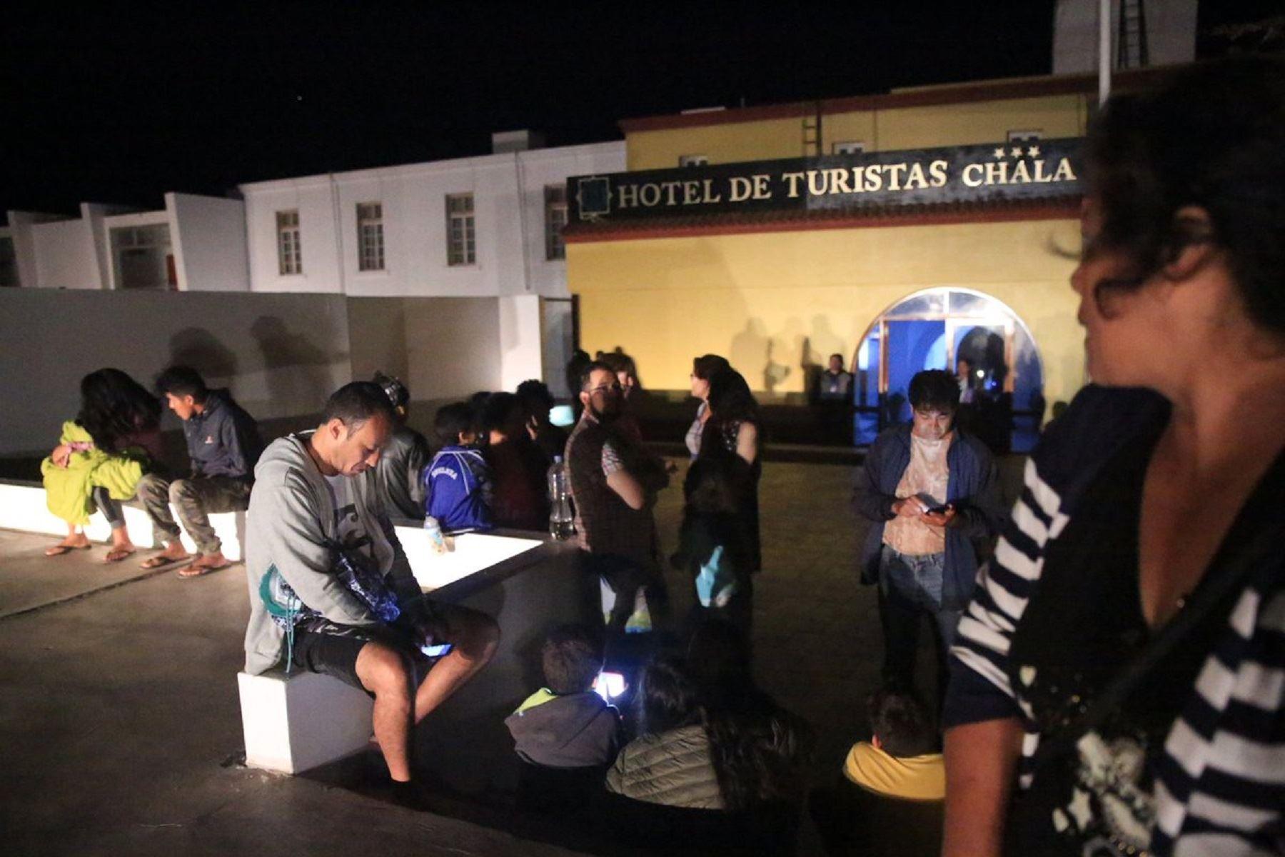 Sismos de 6.8 grados alerta a la población de Arequipa. Foto: Óscar Farje.