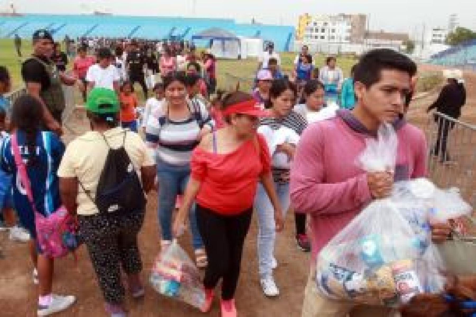 Un fuerte terremoto de magnitud 7,3 sacudió el sur de Perú