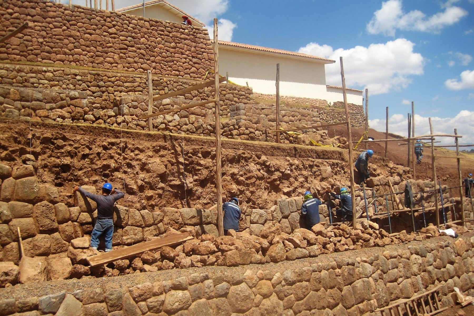 Descubren andenes y recintos incaicos en distrito de Chinchero, en Cusco. Foto: Dirección de Cultura de Cusco.