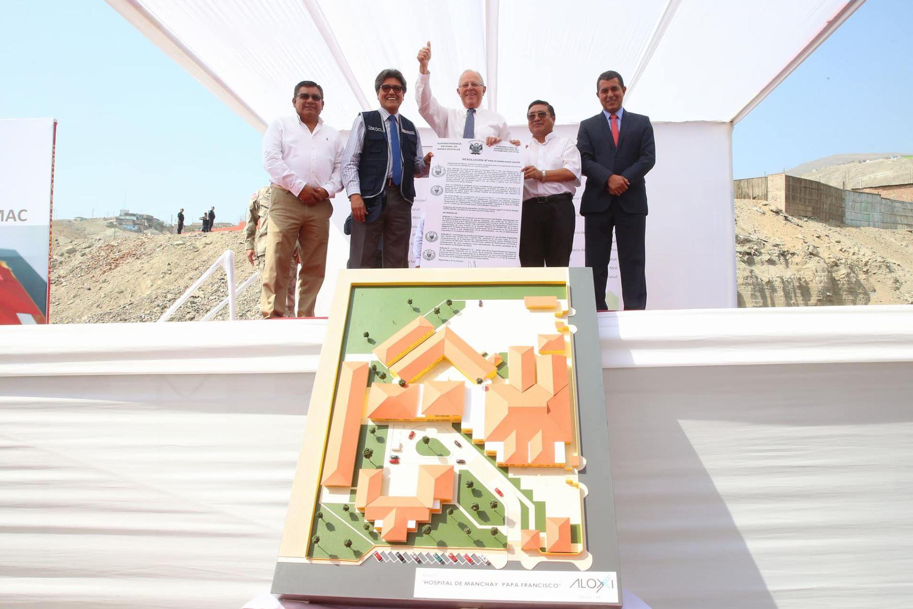Kuczynski entrega hoy terrenos para construir hospital Papa Francisco