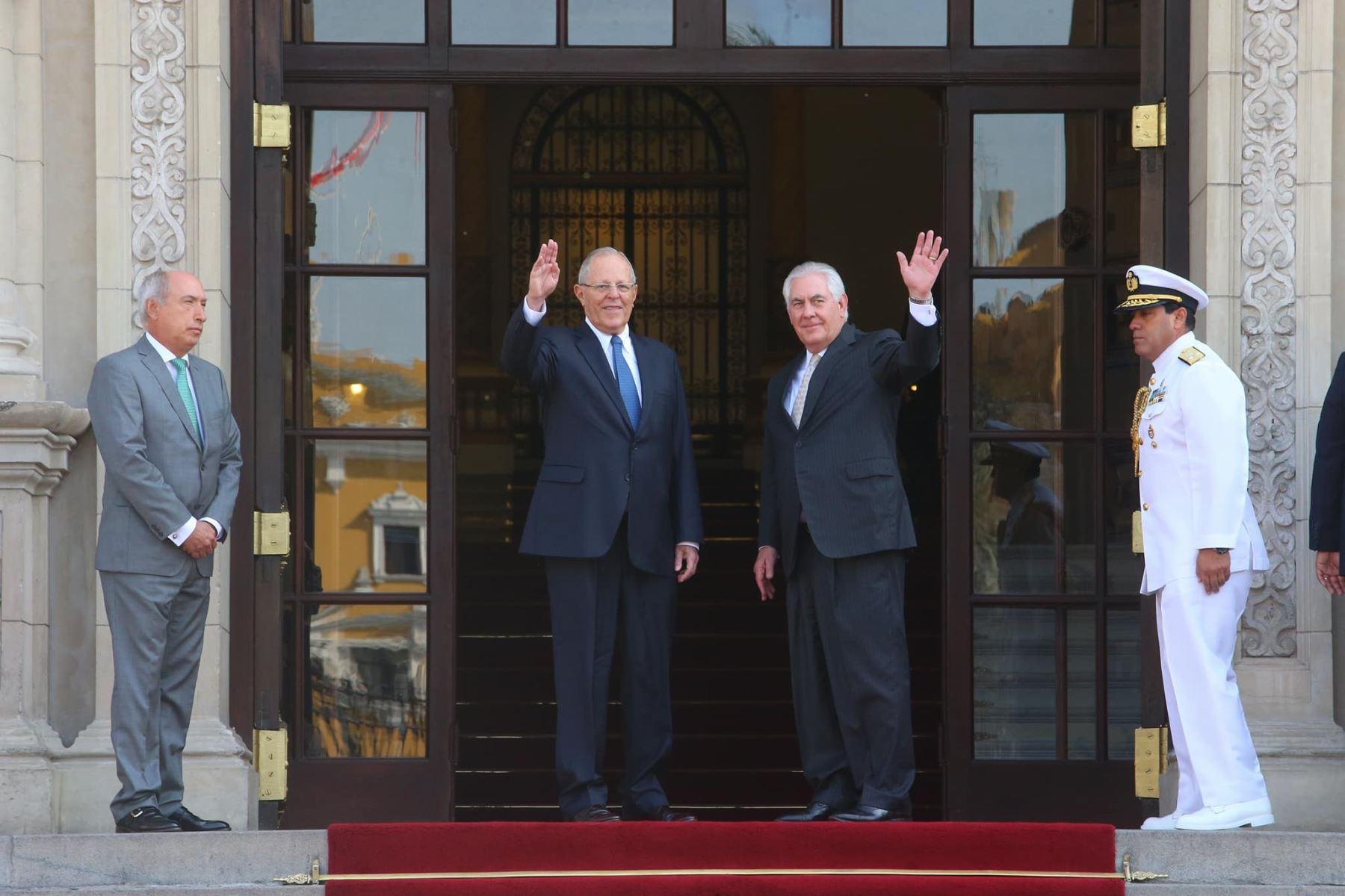 Presidente Pedro Pablo Kuczynski y secretario de Estado de Estados Unidos Rex Tillerson