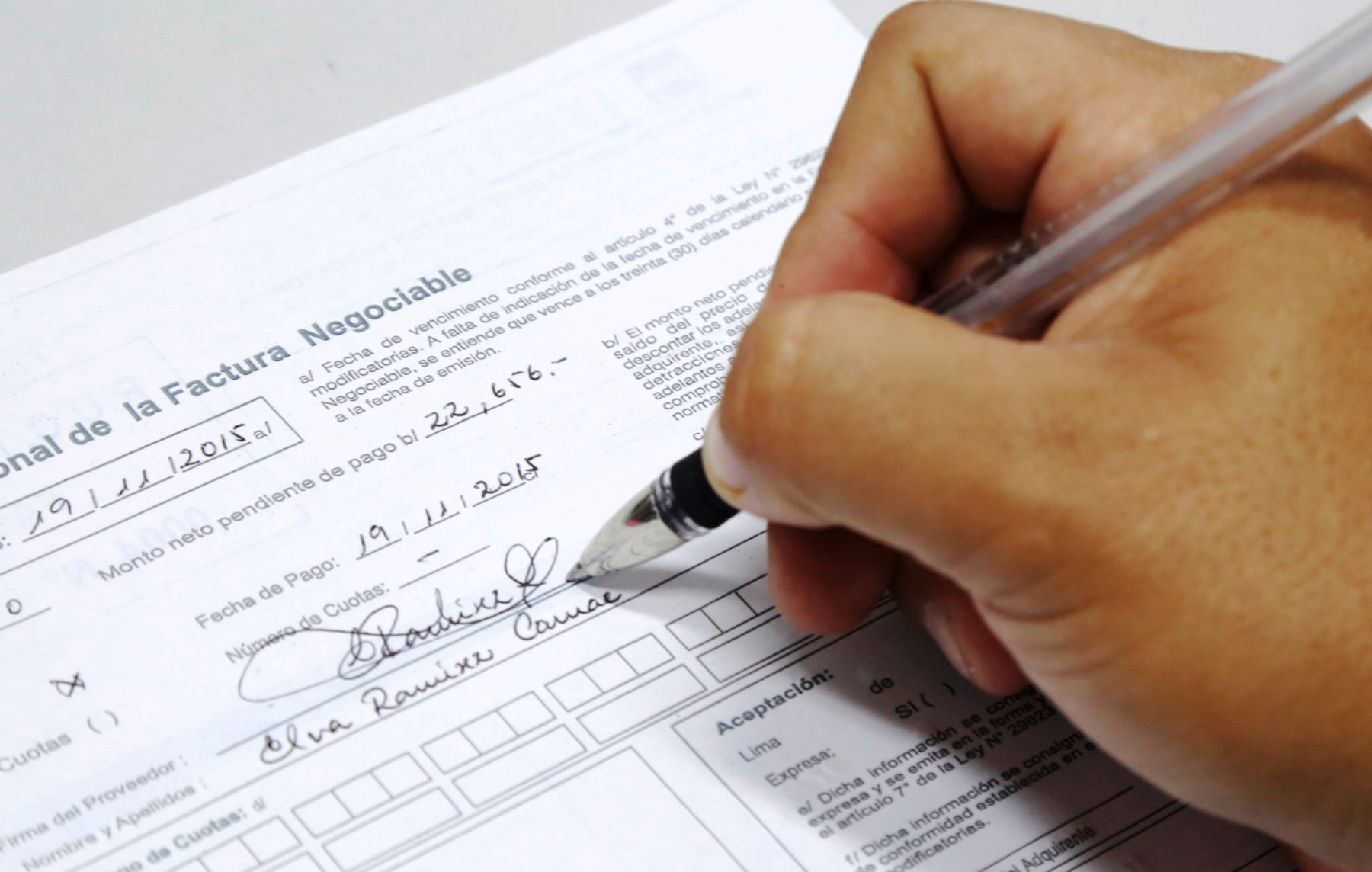 Recomendaciones para emitir facturas virtuales. ANDINA/Difusión