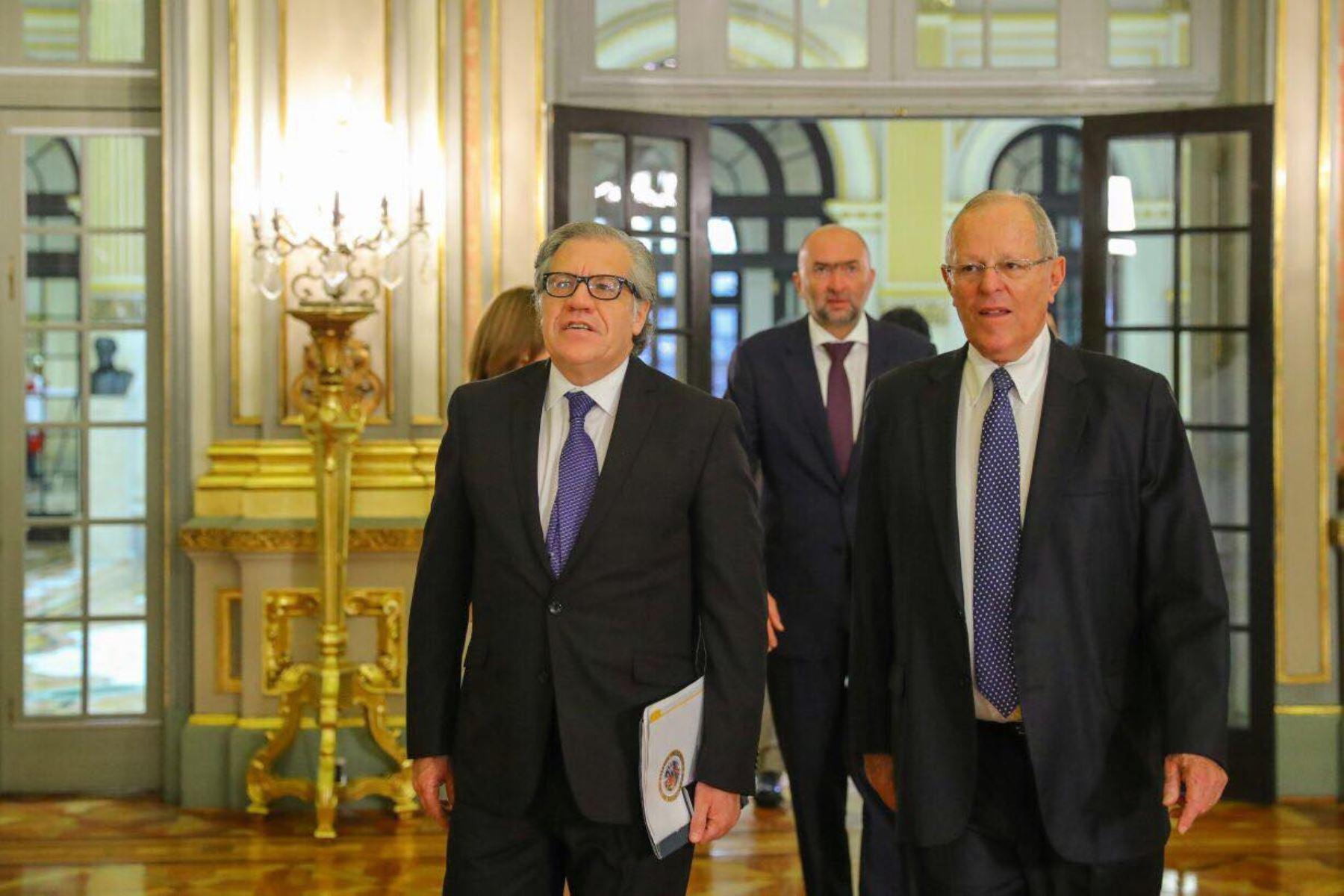 Presidente Pedro Pablo Kuczynski recibió a secretario general de la OEA