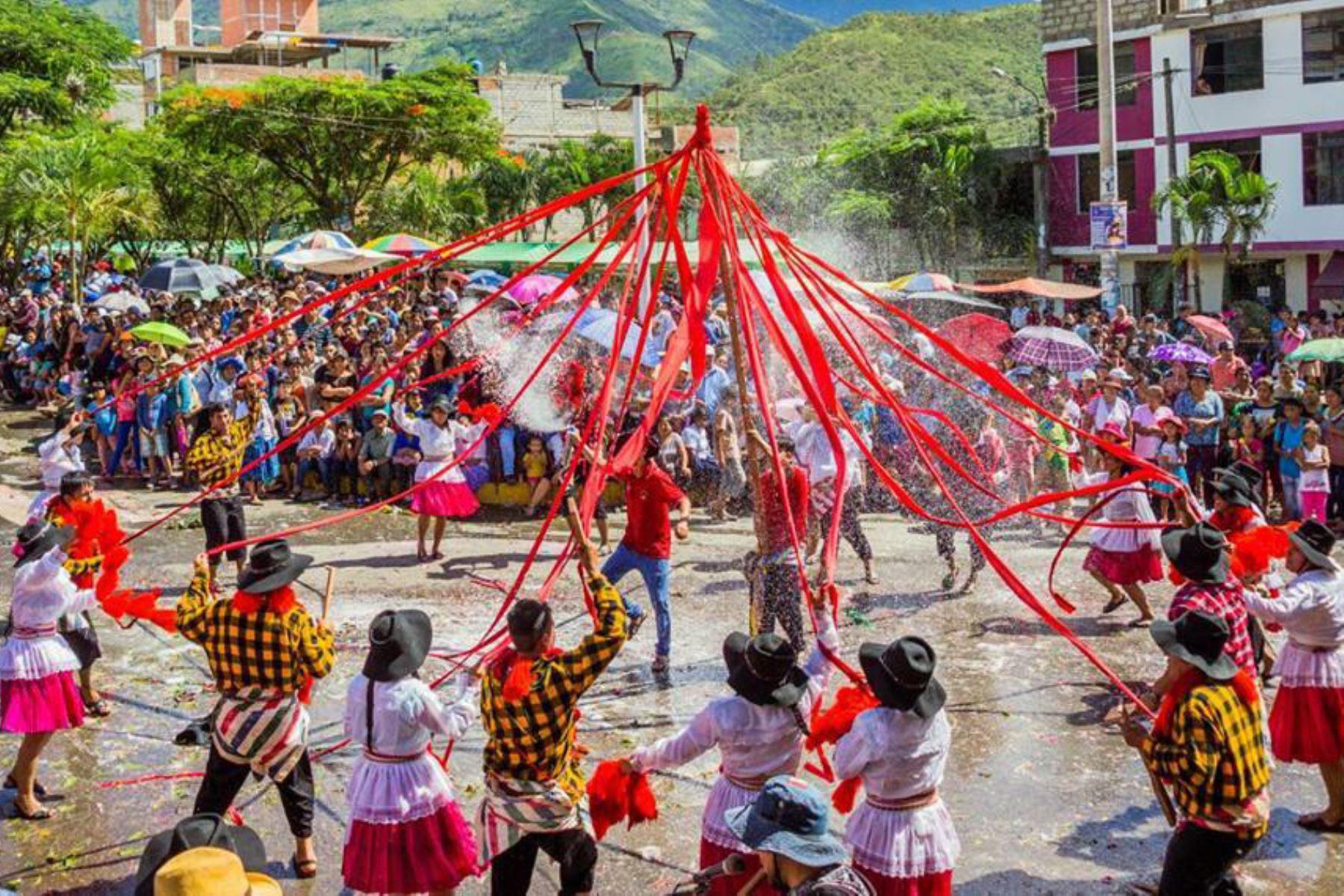 Con música y baile Quillabamba, en Cusco, celebrará carnavales esta semana. ANDINA