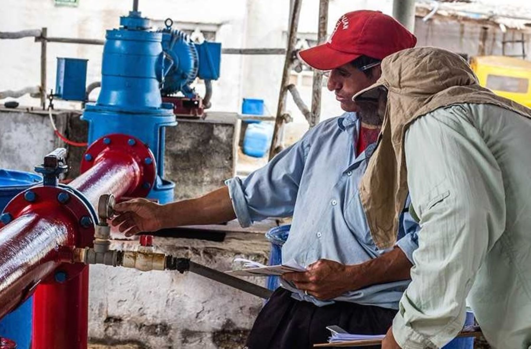 El Instituto Tecnológico de la Producción (ITP)-red CITE, certificó las competencias laborales y productivas de un grupo de operarios del sector agroindustrial en Manejo de Sistemas de Riego Tecnificado, a través del CITE Agroindustrial Chavimochic, en la región La Libertad.