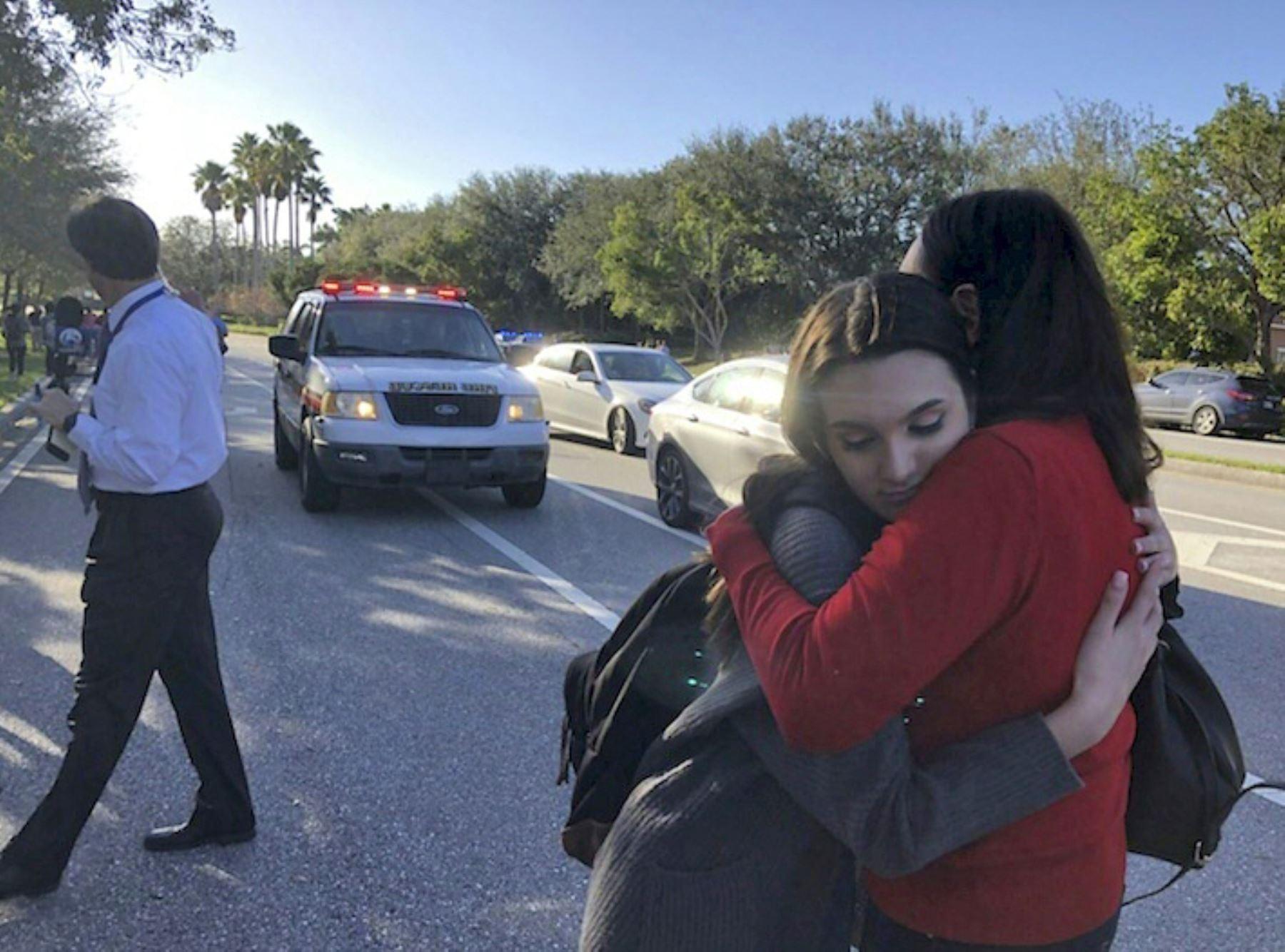 Tiroteo en escuela de Florida. Foto: AFP.