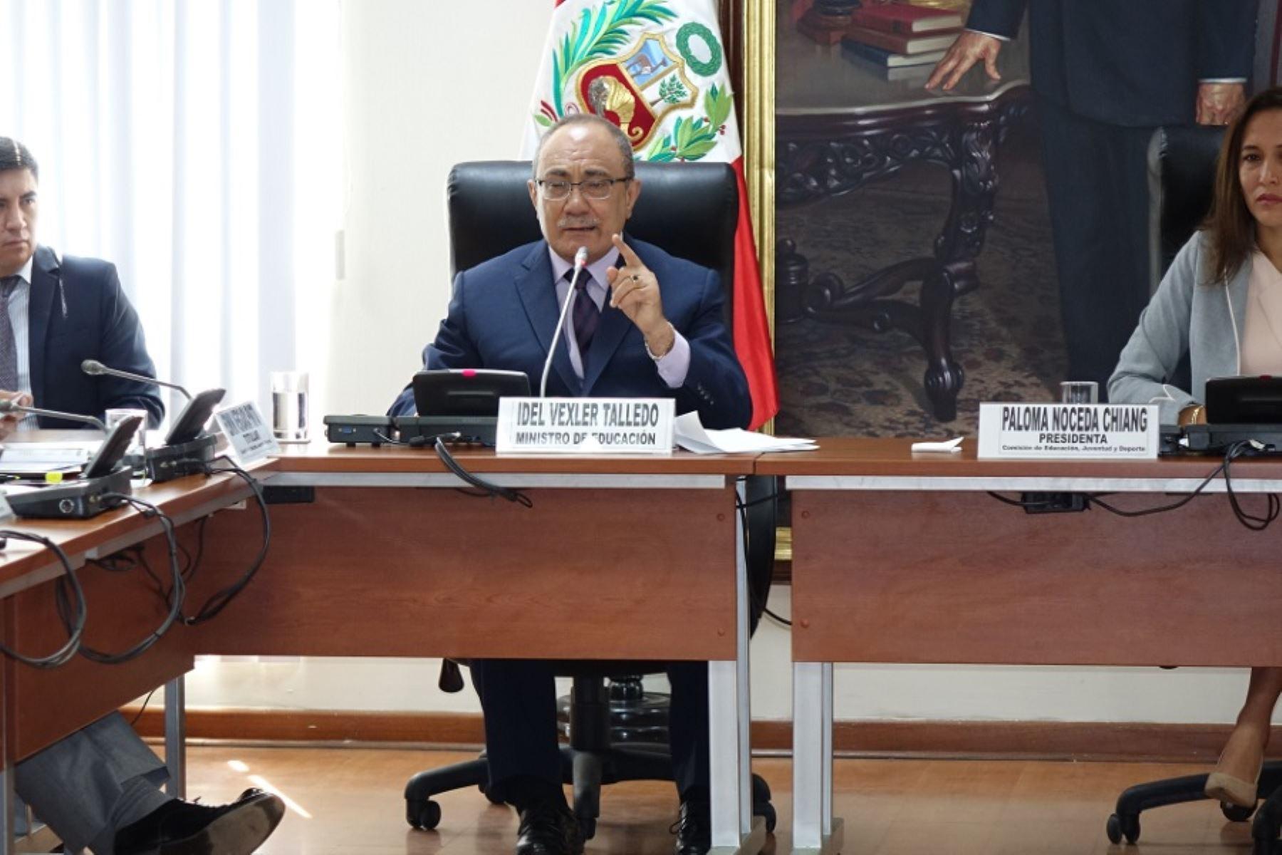Ministro de Educación, Idel Vexler, se presentó ante Comisión de Educación de Congreso. Foto: Andina/Difusión.
