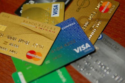 Consejos para llevar un buen manejo de tus tarjetas de crédito