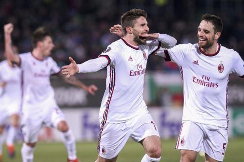 El AC Milan goleo 3-0 al Ludogorets de Bulgaria.