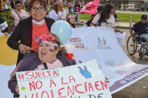 Colectivo Mujeres con Discapacidad rechazan absolución de agresor de Arlette Contreras. Foto: Andina/difusión