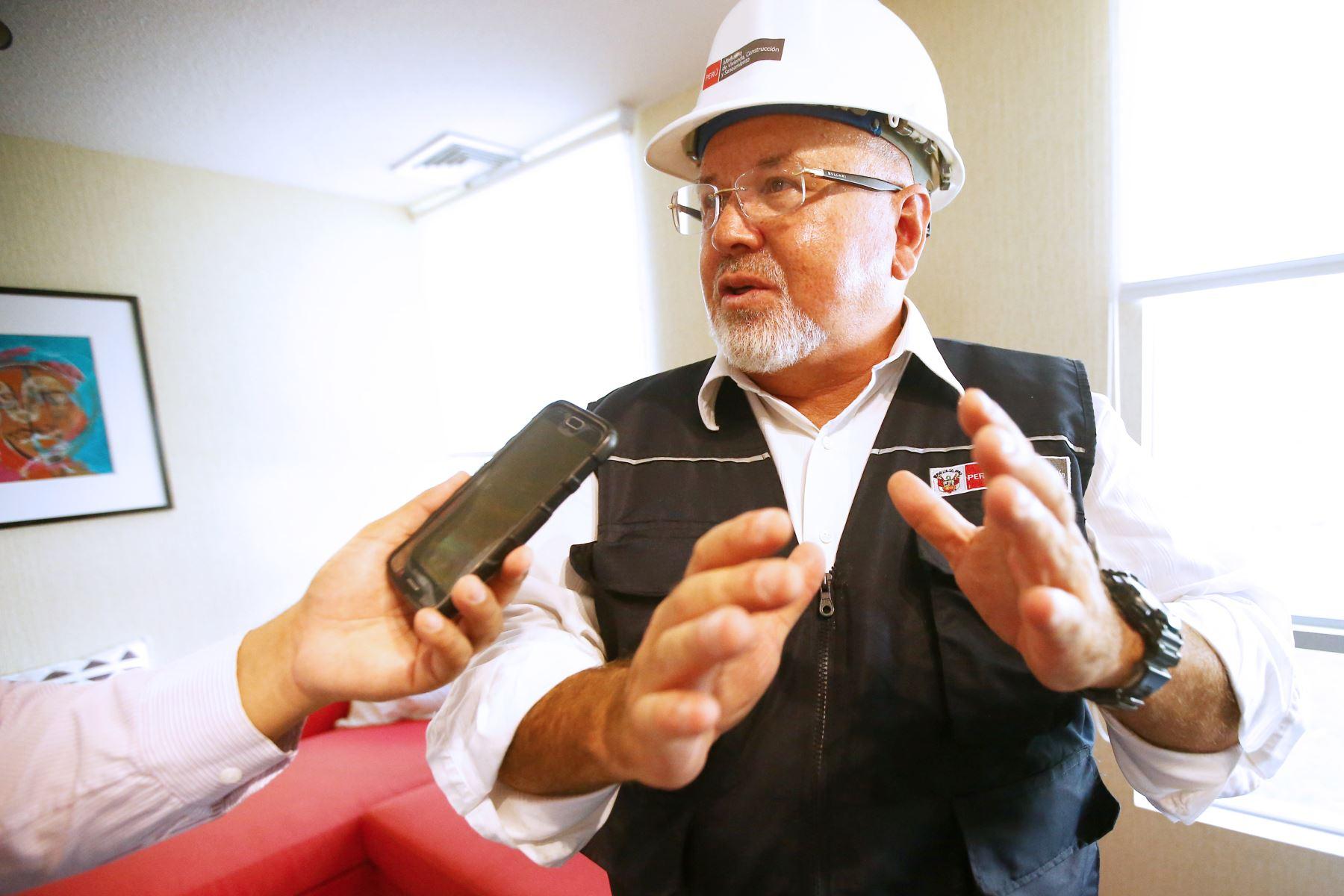 Congresista Kenji Fujimori acompaña al presidente Kuczynski en viaje a Puno