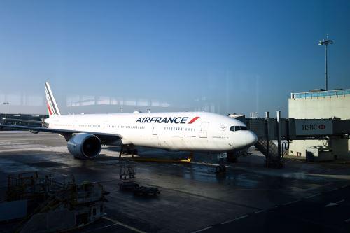Avión de Air France en aeropuerto Roissy-Charles-de-Gaulle. Foto: AFP