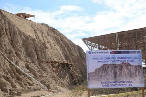 Un avance del 80% presenta el Proyecto de Conservación de Emergencia en la huaca 1 del Complejo Arqueológico Túcume, en la región Lambayeque, que se ejecuta gracias a una alianza estratégica del museo de sitio Túcume con World Monuments Fund (WMF), una de las instituciones más importantes en el mundo que financia proyectos de conservación del patrimonio cultural.