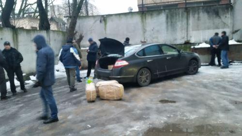 Operación policial de incautación de casi 400 kilos de cocaína de la embajada rusa en Buenos Aires. Foto: AFP/ Ministerio de Seguridad de Argentina