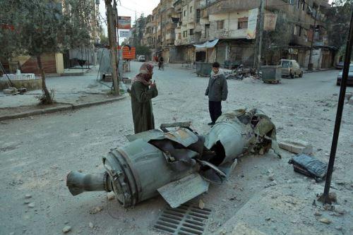 Ataques aéreos y de artillería del Ejército sirio dejan 368 civiles muertos