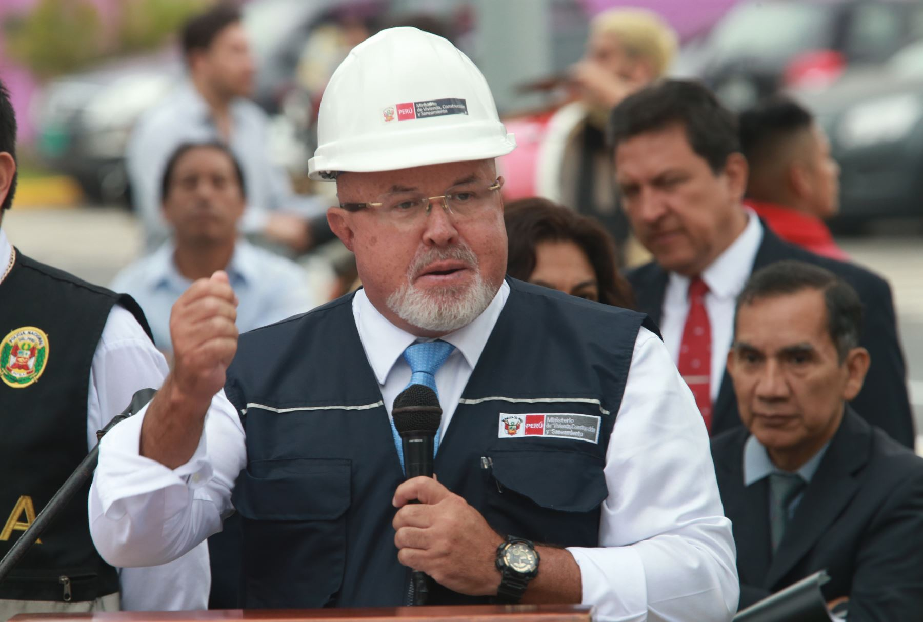 Mayoría de peruanos pide destitución de Kuczynski