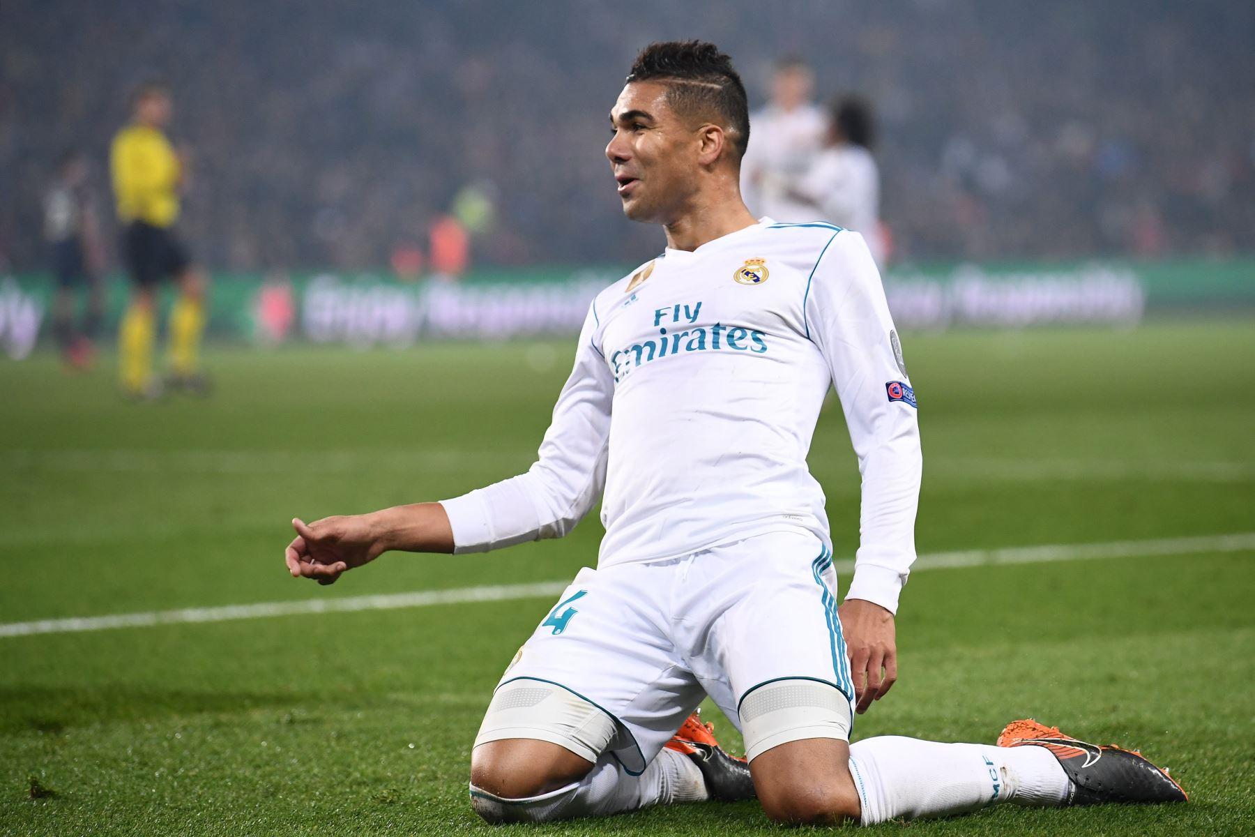 El centrocampista brasileño del Real Madrid Casemiro celebra después de anotar el segundo gol.Foto:AFP