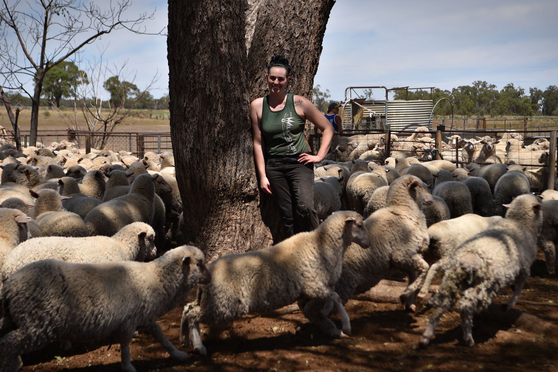 Esquiladora de ovejas australiana Emma Billet, de 28 años. Foto: AFP