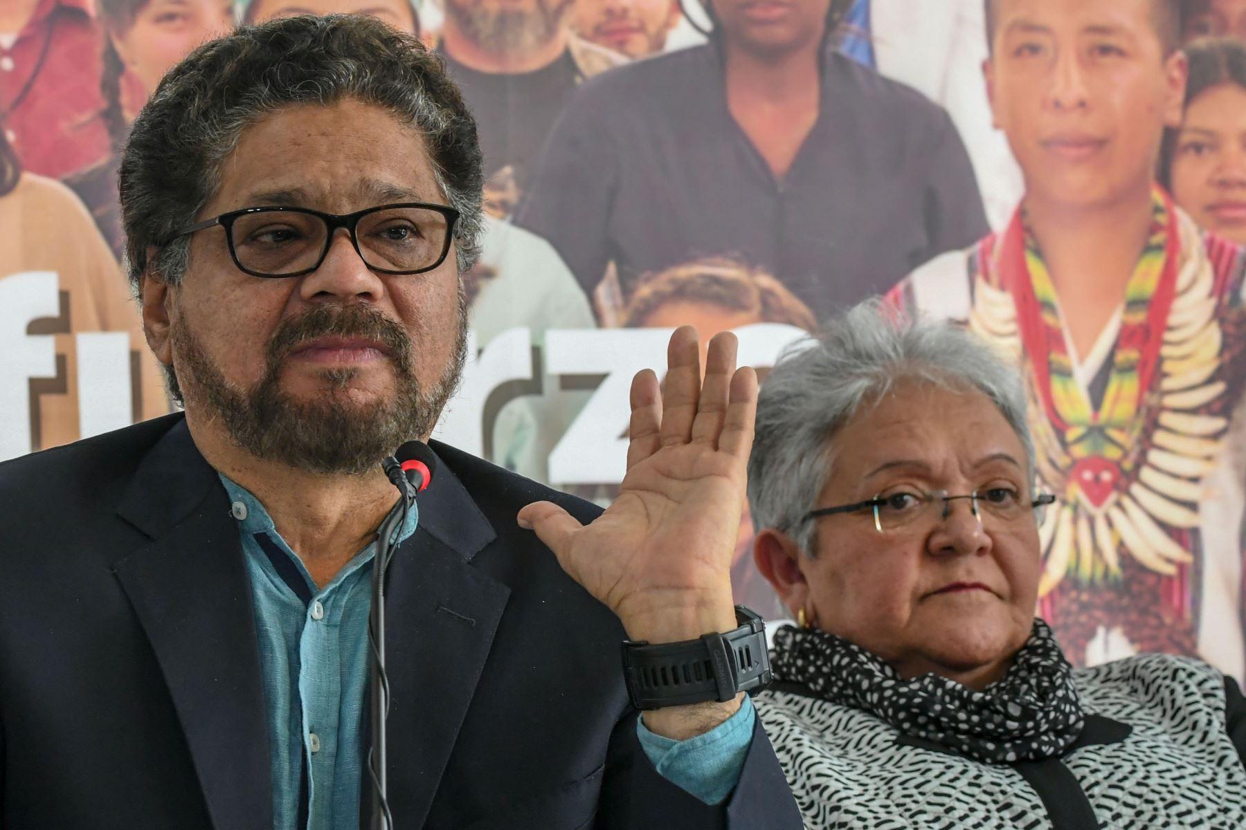 Iván Márquez e Imelda Daza, candidatos de las FARC. Foto:AFP