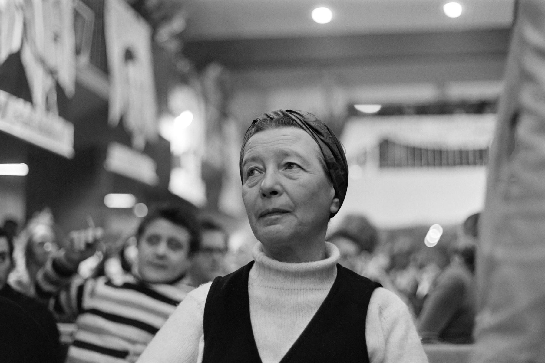 "Simone de Beauvoir (Filósofa) ""No se nace mujer, se llega a serlo"". Foto: AFP"