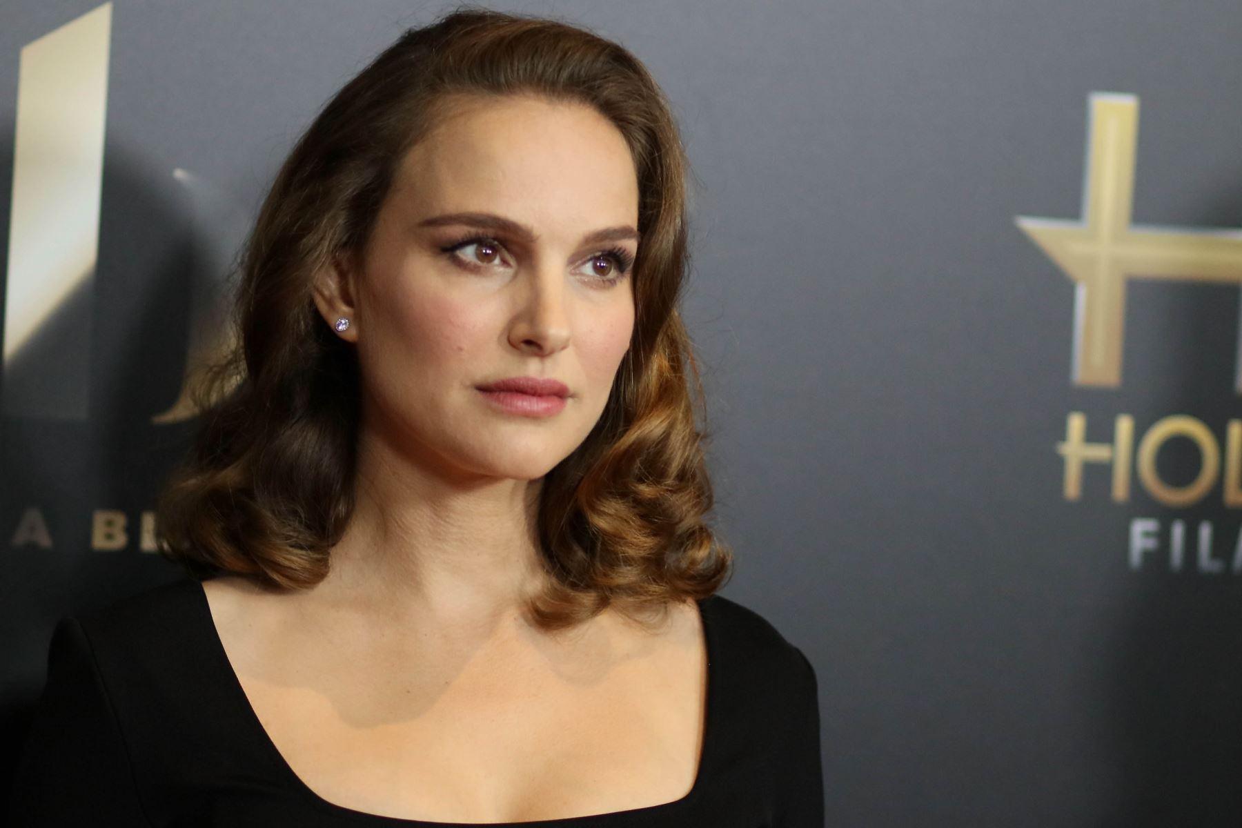 """Natalie Portman (Actriz) """"Las mujeres inteligentes aman hombres inteligentes más de lo que los hombres inteligentes las aman a ellas"""". Foto: AFP"""