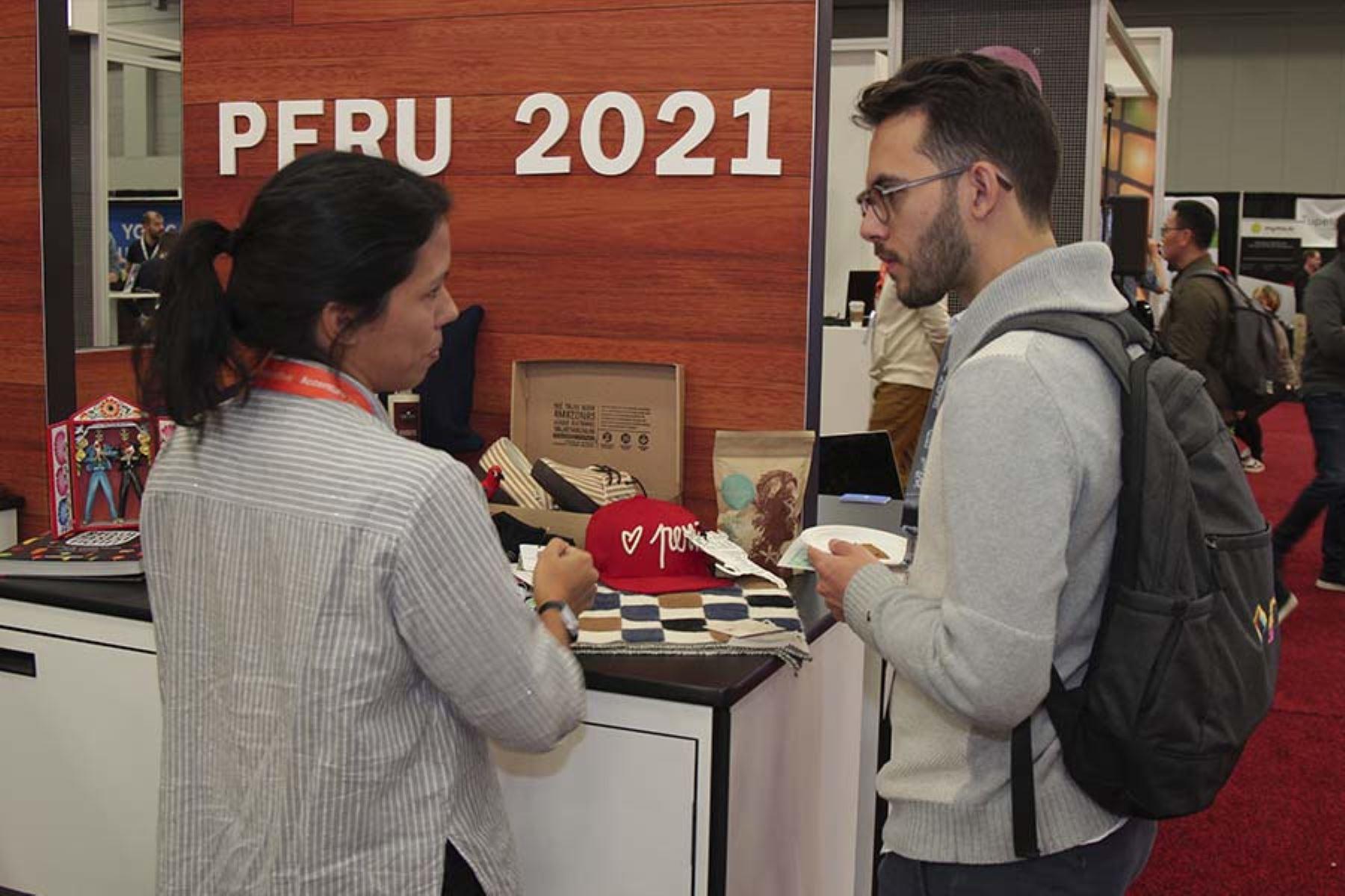 Perú 2021 ha creado el primer directorio emprendedor de innovación social para elevar las exportaciones de productos peruanos.  Foto: Promperú.