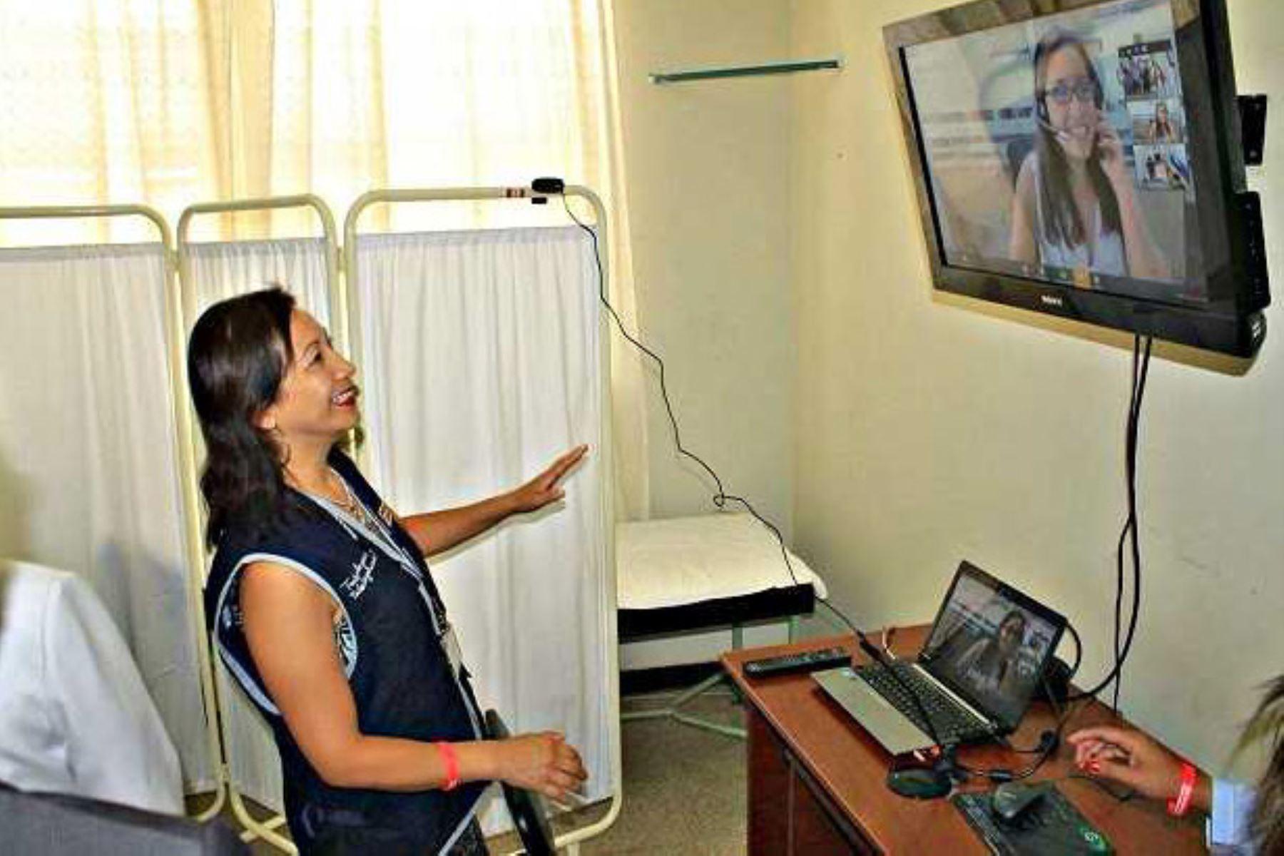 Nuevo servicio de Telemamografía en hospital Eleazar Guzmán Barrón beneficia a 18,300 mujeres ancashinas.