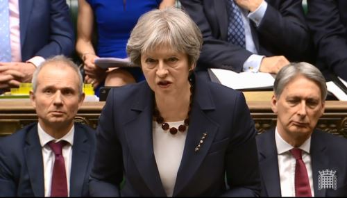 Theresa May en el Parlamento. Foto: AFP