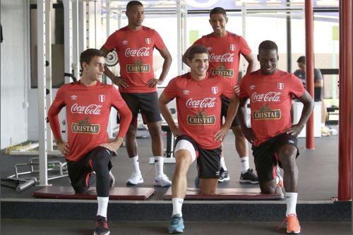 Entrenamiento de la  selección peruana, en la Videna