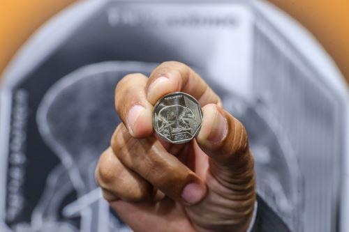 """Está en circulación la cuarta moneda de la serie numismática """"Fauna silvestre amenazada del Perú"""", alusiva al tapir andino"""