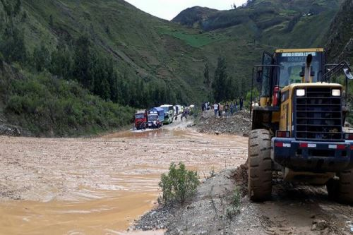 Río Huallaga se desbordó y causó daños materiales. Foro:; COER Huánuco.