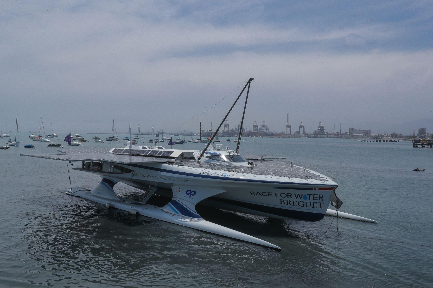 """""""Race for Water Odyssey"""" primera embarcación autosostenible del mundo llegó al Perú. Foto: ANDINA/Andrés Valle"""