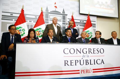 Conferencia de prensa de la Junta de Portavoces y  bancadas, del Congreso de la República