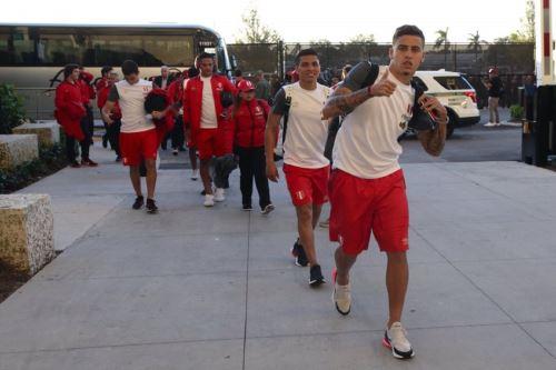 La selección ya se encuentra en  Hard Rock Stadium para jugar con Croacia (Twitter selección peruana)