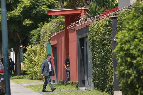 Fiscalia allana casas de Pedro Pablo Kuczynski