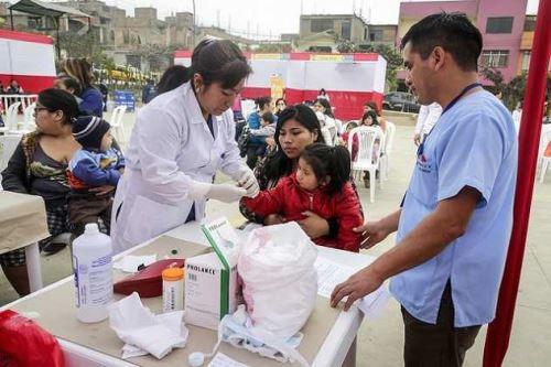 El gremio de laboratorios peruanos apoya la reducción de la Anemia en el Vraem desde el 2014 con la donación de medicamentos anti infecciosos y contra la desnutrición. ANDINA/Difusión