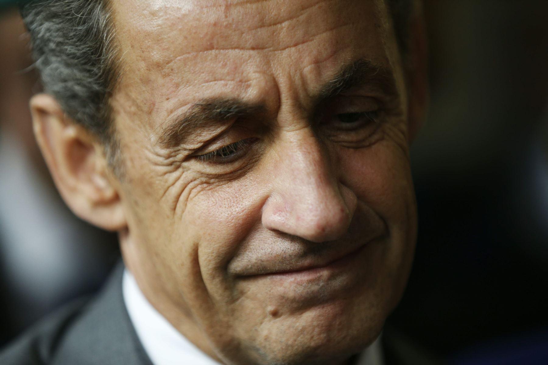 ¡Sarkozy vive un viacrusis! Será juzgado por corrupción y tráfico de influencias