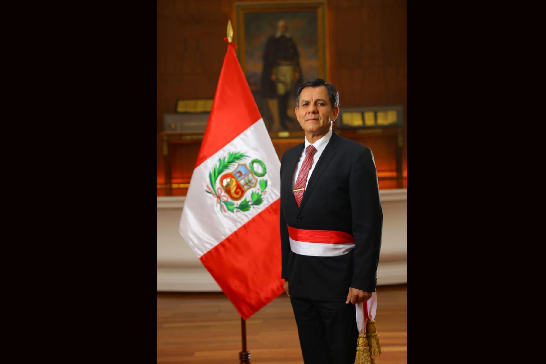 Galer a fotogr fica agencia peruana de noticias andina for Foto del ministro del interior