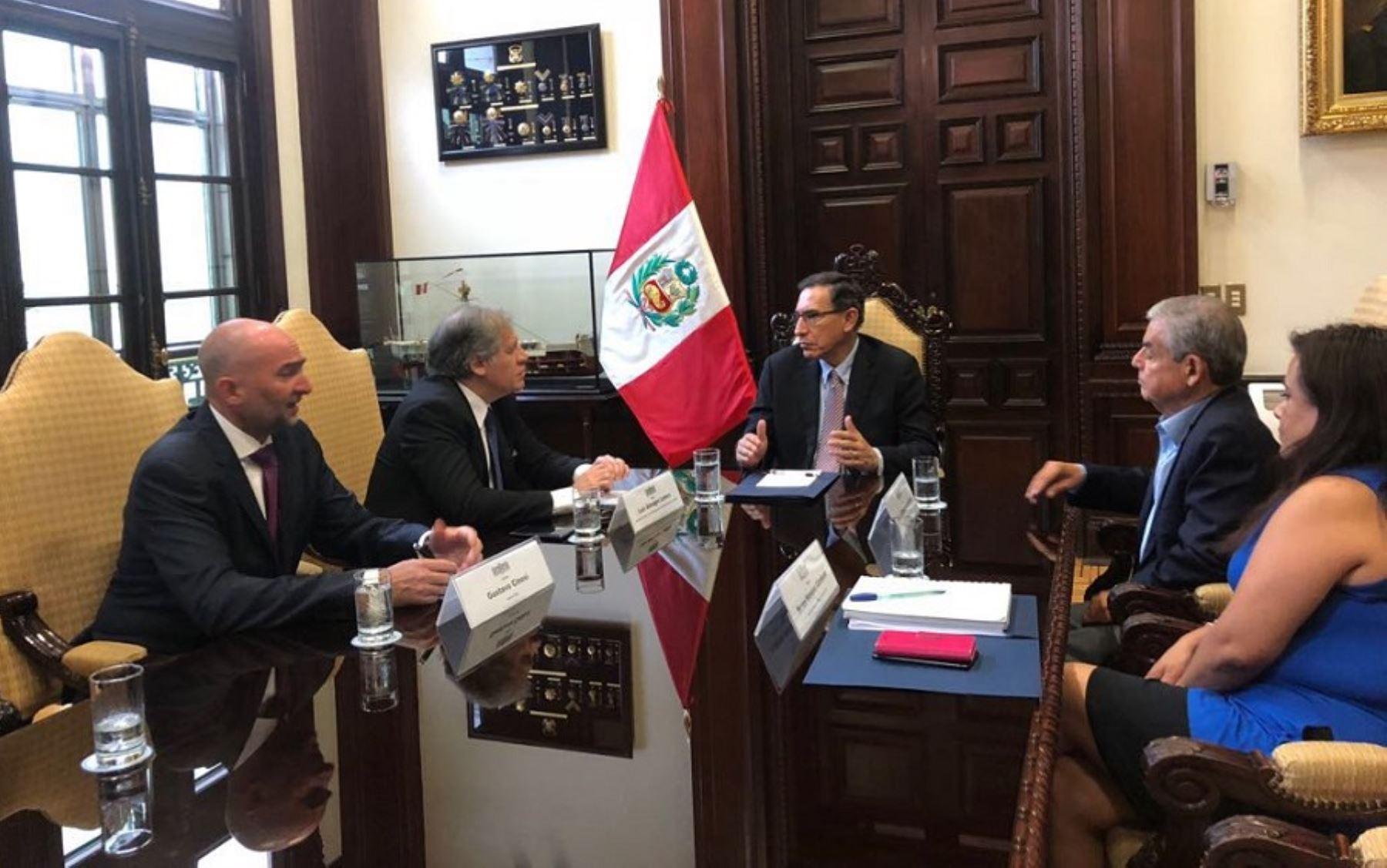 Reunión entre el presidente Martín Vizcarra y el secretario general de la OEA, Luis Almagro.