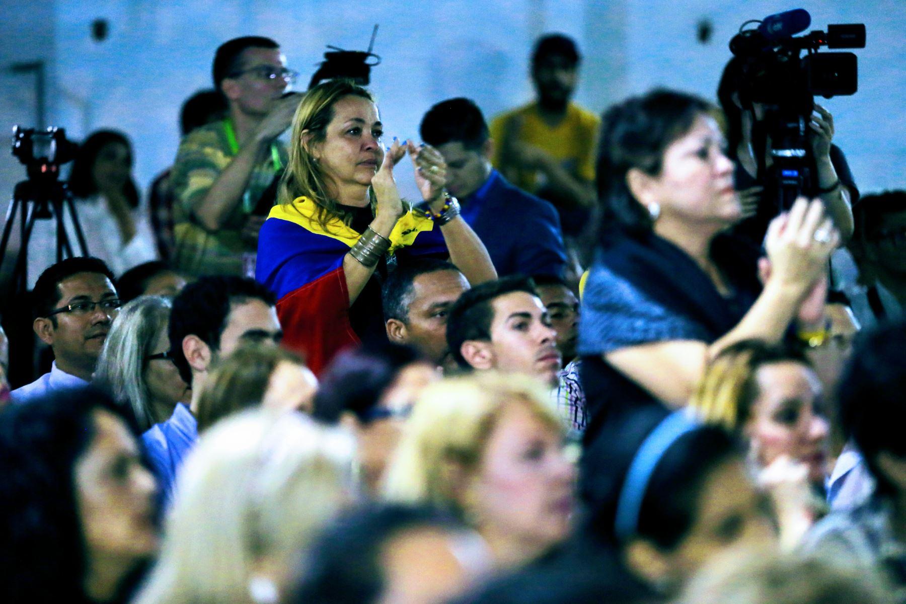 Más de 200 mil venezolanos están en Perú: Superintendente de Migraciones
