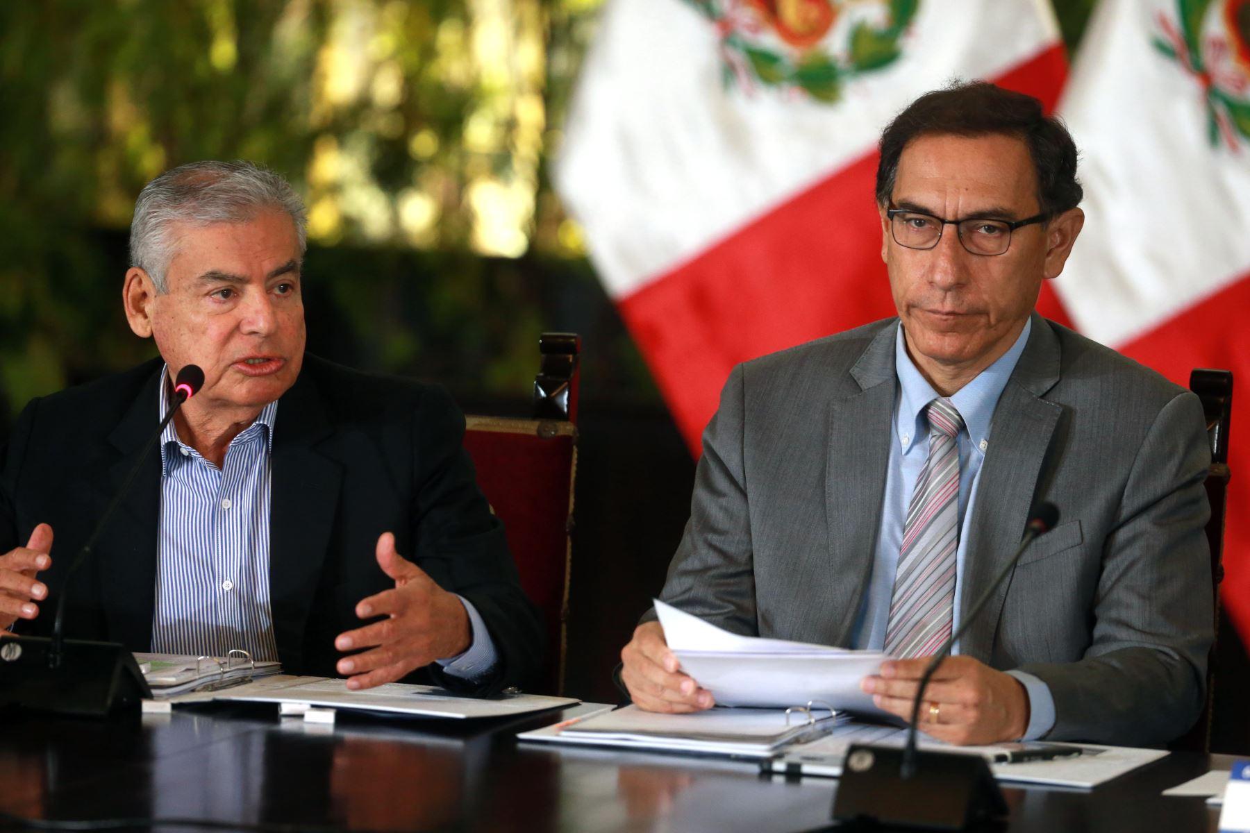 Premier Villanueva se reúne con la bancada de Acción Popular