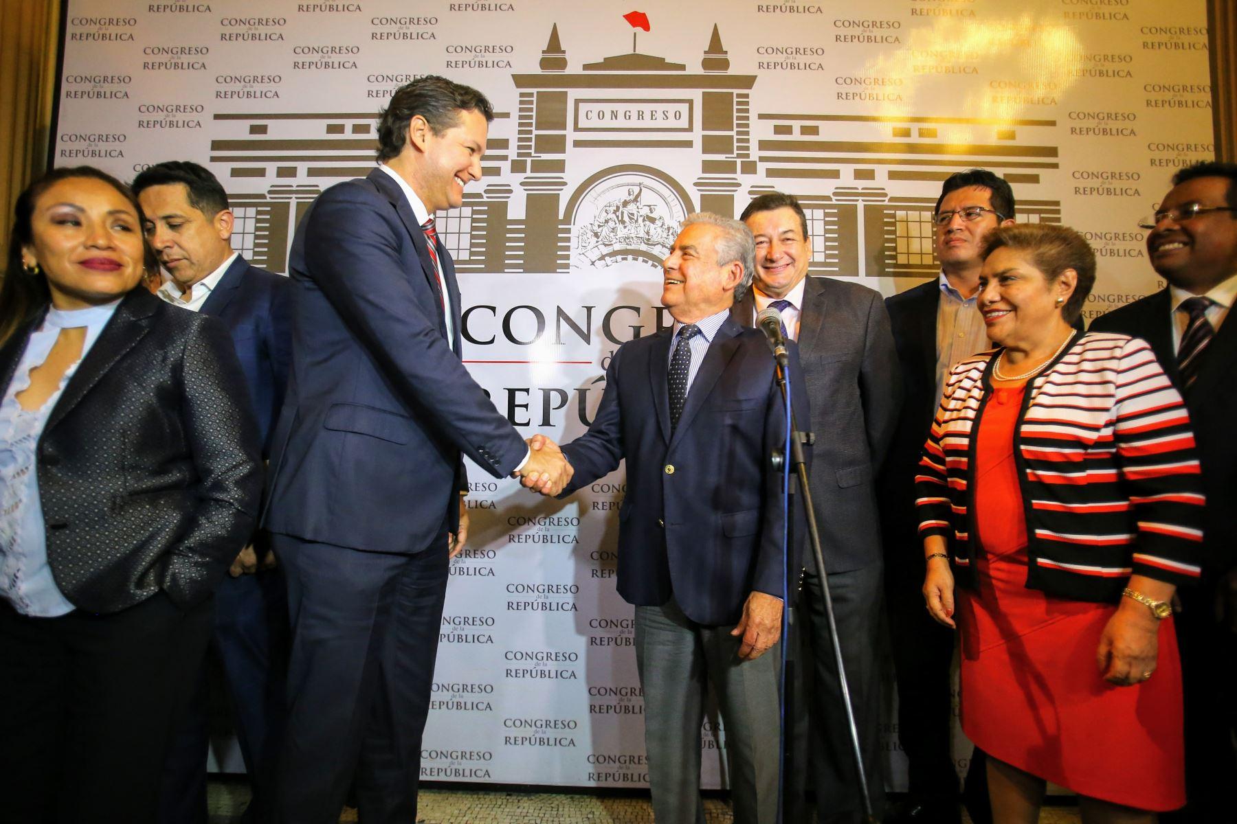 Ambas partes coincidieron en lo cordial que fue la reunión. Foto: ANDINA/Luis Iparraguirre