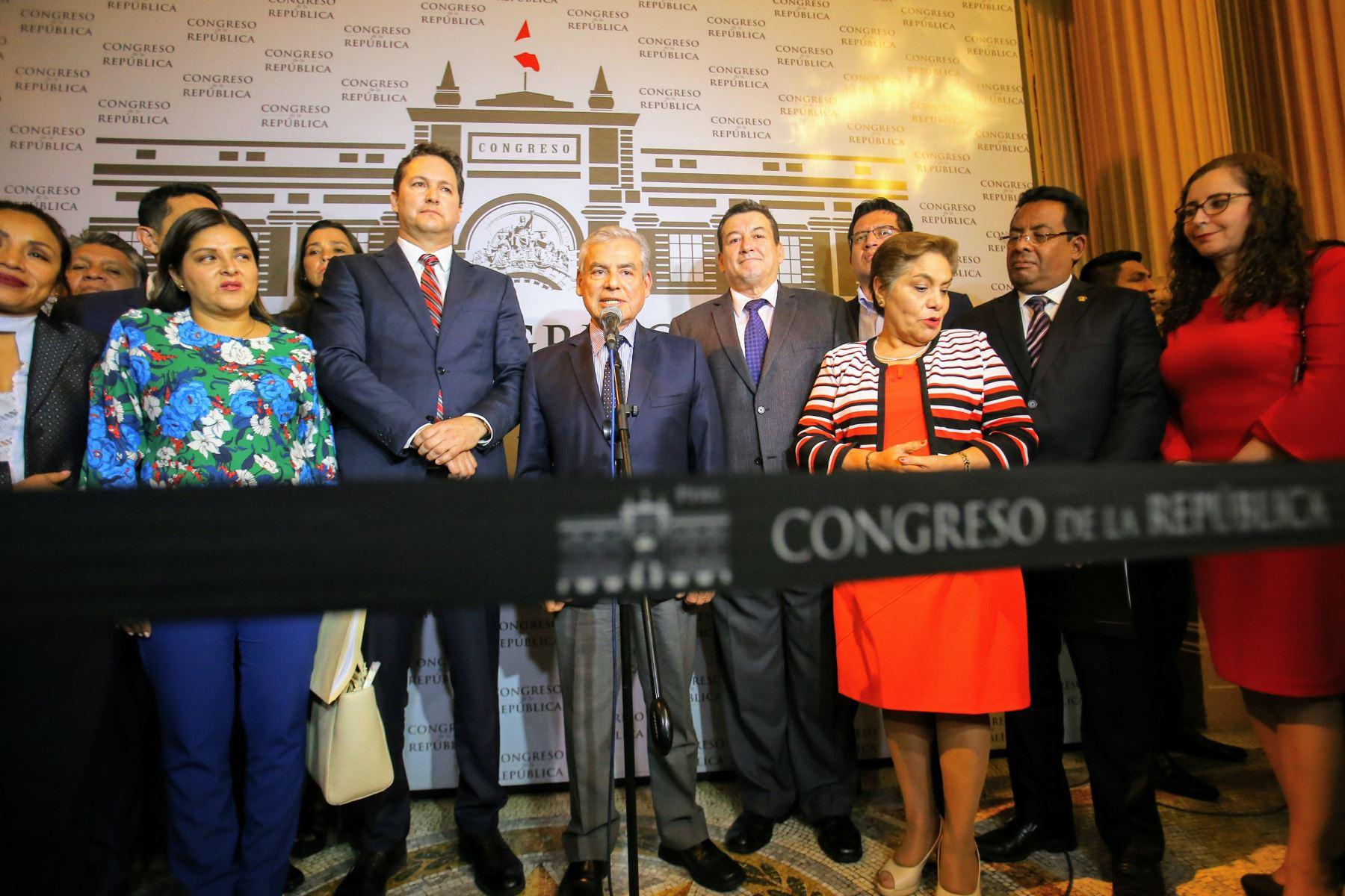 El Premier viene reuniéndose con distintas fuerzas políticas para exponer el plan de trabajo del oficialismo. Foto: ANDINA/Luis Iparraguirre