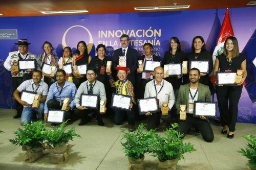 Premiación Innovación en la Artesanía.