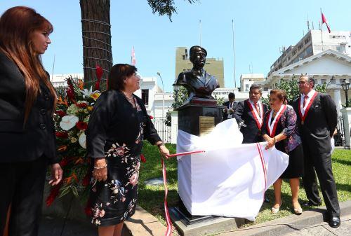 Homenaje por el 21°. aniversario de la exitosa operación Chavín de Huántar