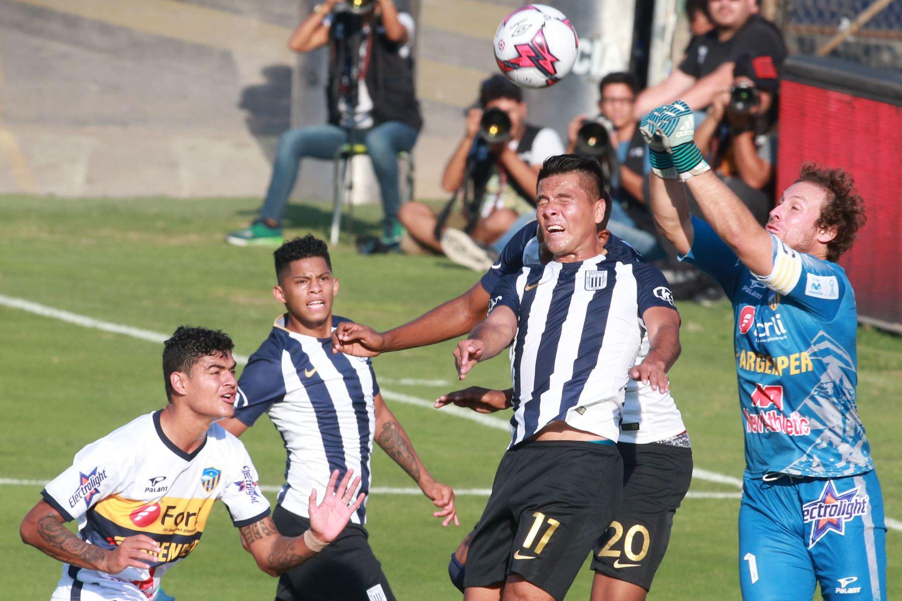Torneo de Verano: Alianza Lima vence 1 a 0 a Sport Rosario. ANDINA/Vidal Tarqui