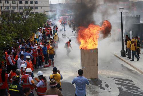"""Municipalidad de Lima realizo """"III Simulacro de Prevención  y Lucha contra Incendios """""""