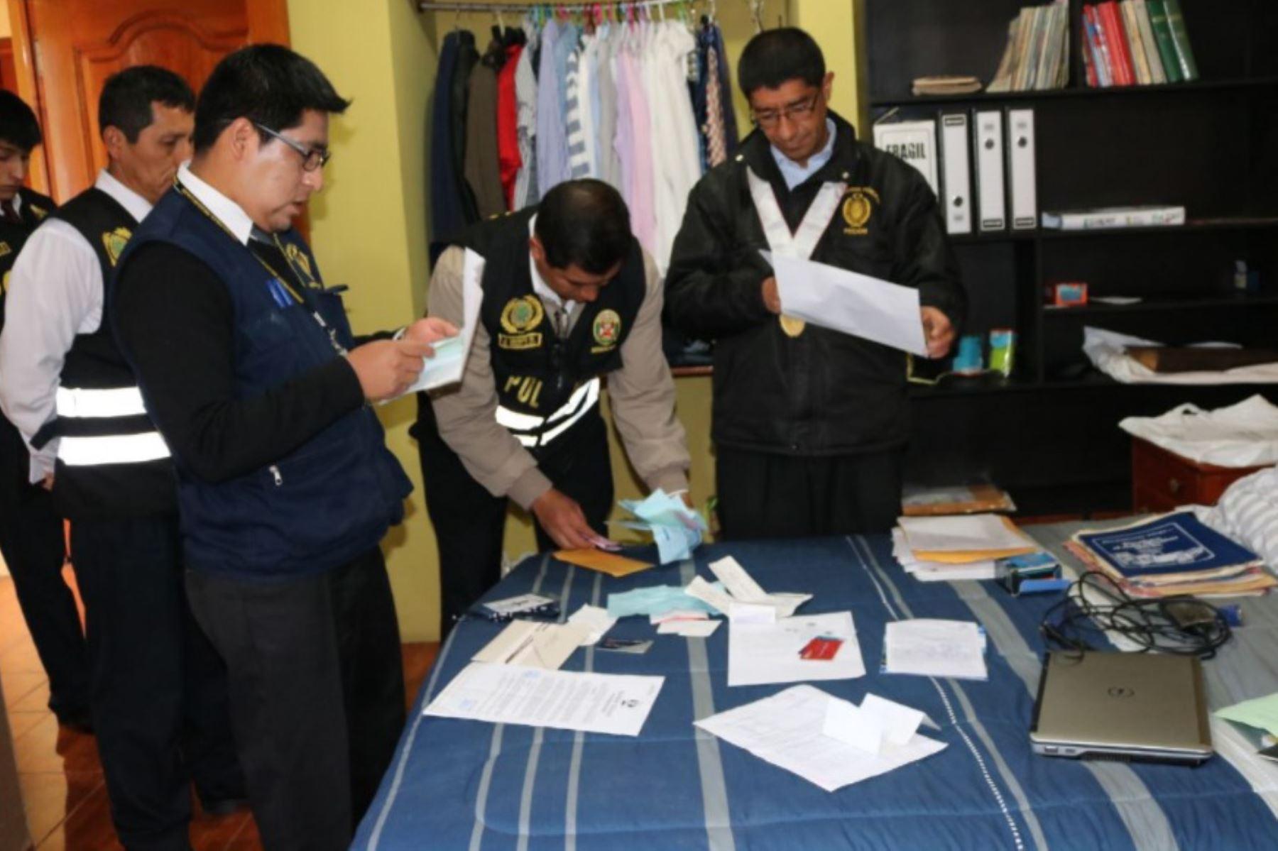Allanan inmuebles del hermano del congresista Edwin Vergara en Andahuaylas