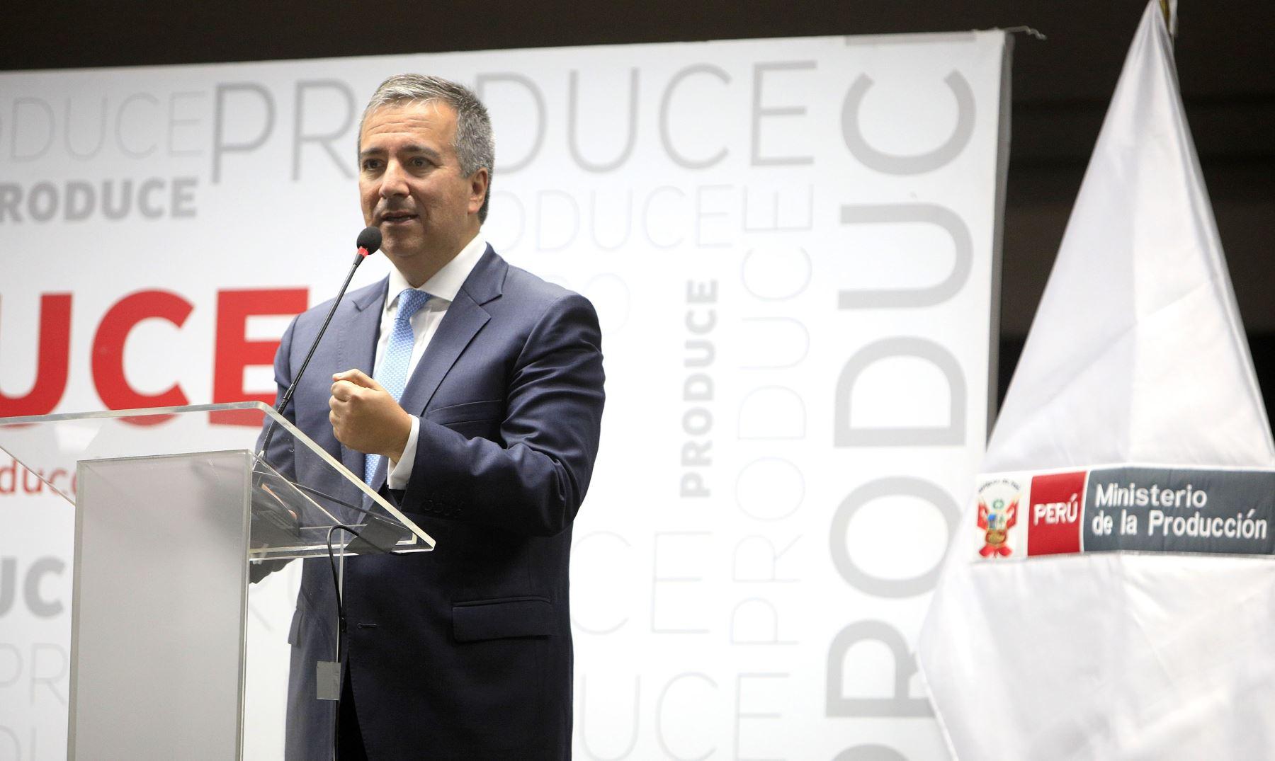 Ministro de la Producción Raúl Pérez-Reyes. Cortesía.
